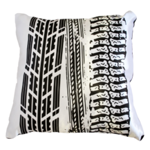 Подушка интерьерная Черно-белое 01 (А0161)